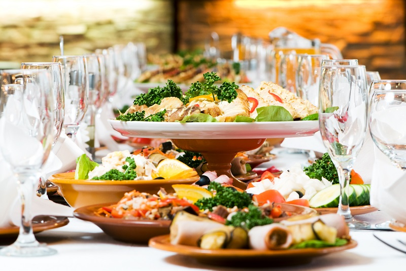 Top Wedding Food Disasters And How To Plan For Them Weddingola